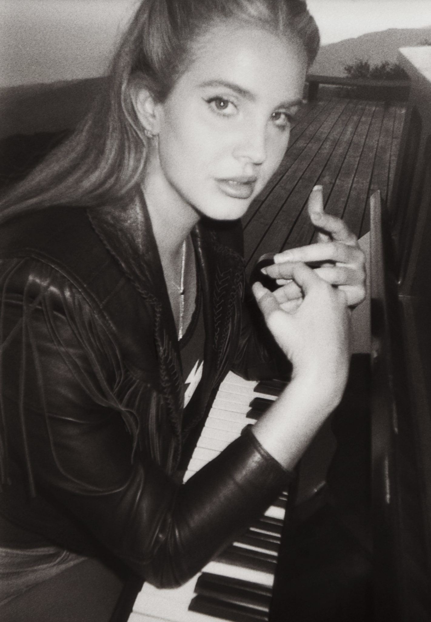 Lana Del Rey – The Queen of Baroque Pop Returns