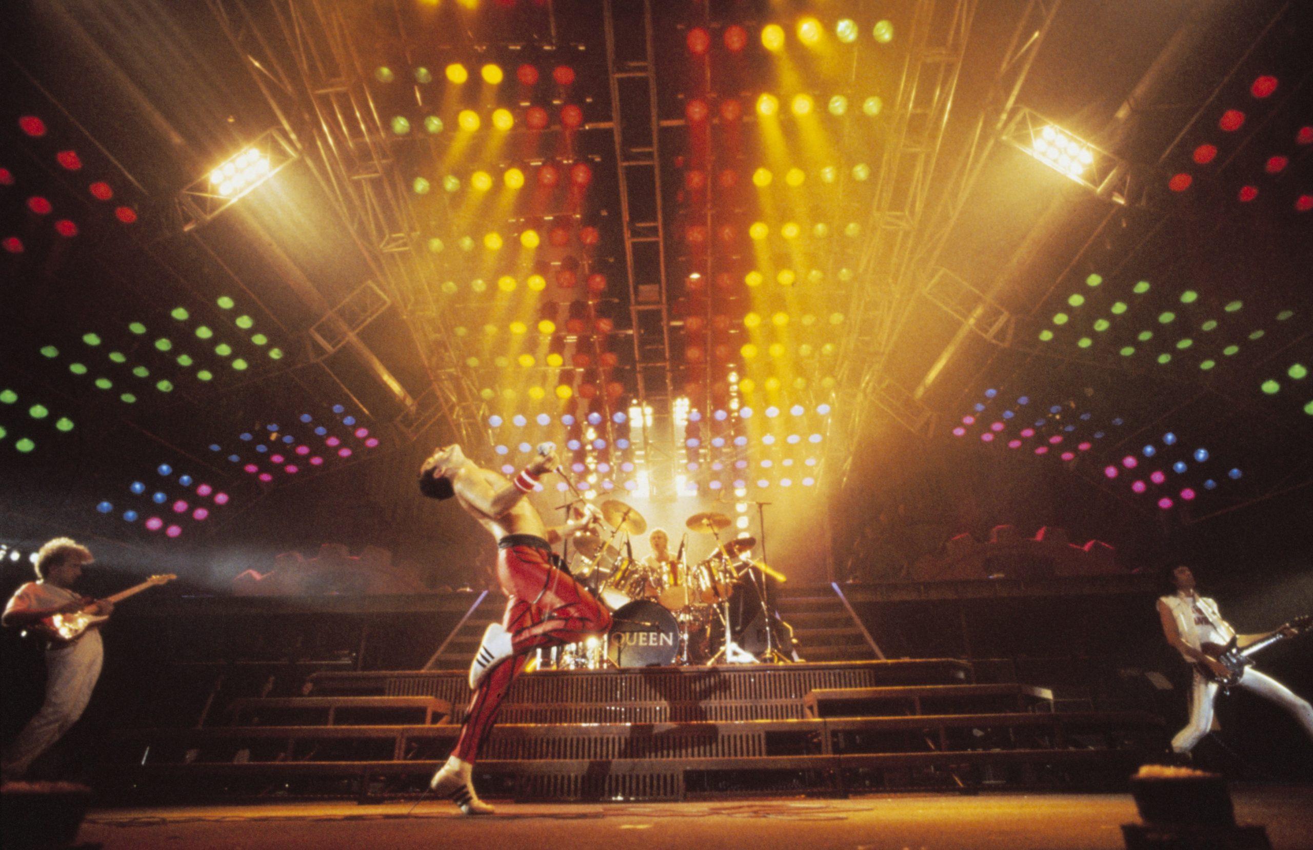 queen-photo-by-denis-oregan-queen-productions-ltd-taken-at-nec-birmingham-during-the-works-tour-1984